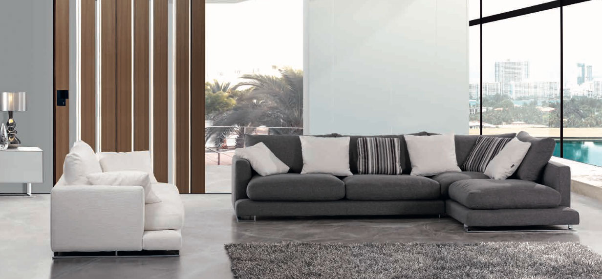 Se necesita montador de muebles latest se necesitan for Montador de muebles ikea